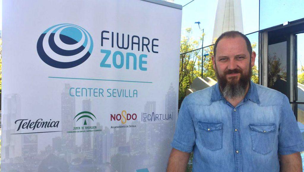 Roi Rodríguez en la presentación de FIWARE Zone Sevilla